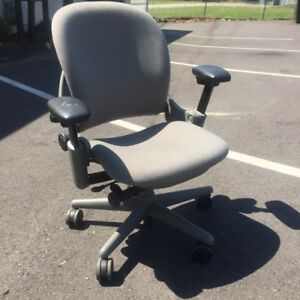 Steelcase Leap V1 Chair