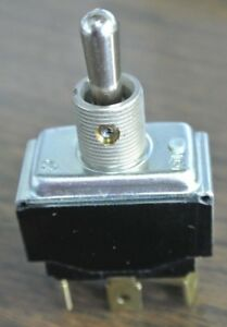 Cutler hammer Toggle Switch On Maintained To Center Off To On Momentary Lot 10