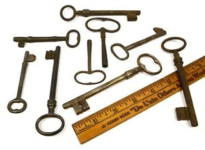 Antique Iron Skeleton Key Lot Of 9 Genuine 19th C French Keys Jail Prison Clock