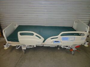 Lot 2 Hill Rom Careassist Es Hillrom Care Assist Hospital Bed Beds P1170