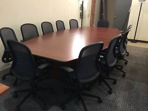 12 Boat Shape Conference Table In Cherry Finish Wood Veneer