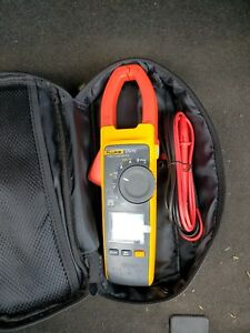 Very Lightly Used Fluke 374 Fc Clamp Meter Ac dc