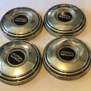 1967 Ford Galaxy Hubcaps