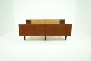 Danish Mid Century Modern Teak Bed By Hans Wegner For Getama 311 086
