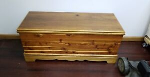 Roos Sweetheart Cedar Chest Pickup Only
