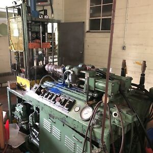 Impco Vertical Injection Molding Machine New Britain Injector 15 Ton