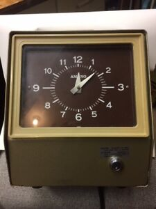 Amano 6509 Time Clock Mechanical Time Clock 6500 6700 Series