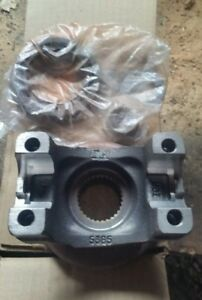 Drive Shaft Pinion Yoke Rear Oem Gm12470384
