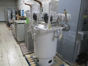 Squire Cogswell Rotary Vane Vacuum Pump S5l n Two S5l n On Tank 5hp Each Used