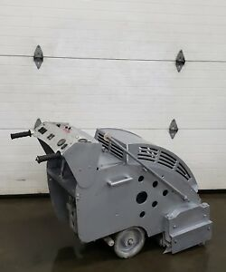 Soff cut Walk behind Gas Concrete Saw Lite Weight Aluminum Frame G 2000 Honda