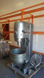 Hobart 80 Qt Mixer With Bowl And Attachments