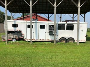 2003 Horton Livestock Trailer Sold As Is Clear Title