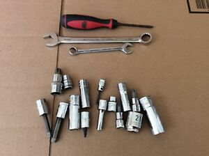 Mac And Matco Tools 18 Piece Lot Sockets Wrenches Screwdriver