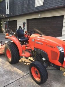 Kubota Tractor L3301 2014 560 Hours 4 Wd Excellent Condition