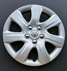 One New Wheel Cover Hubcap Fits 2010 2011 Toyota Camry 16 Silver 7 Spoke