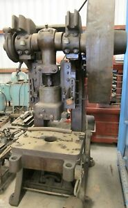Punch Press 65 Ton Capacity Federal 6 Obi Used Heavy Duty Metal Fabrication