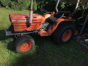 Kubota B8200d Hst Complete 4x4 Front Axle W o Driveshaft Tires Steering Arms