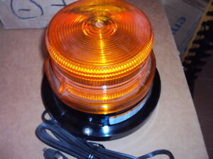 Federal Signal 211682 02 Indicating Beacon Magnetic Mount amber