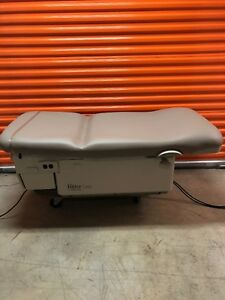 Midmark Ritter 222 Power Exam Table With Foot Control