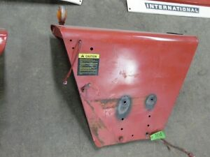 International Harvester 1066 Tractor Pair Of Left right Fenders Tag 3850