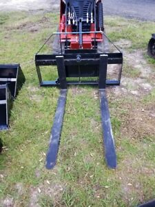 Mini Skid Steer 48 Pallet Forks And Frame Mini Skid Attacment