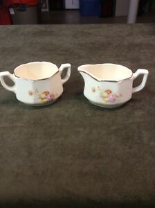 Vintage Creamer And Sugar Bowl Set Made In The U S A