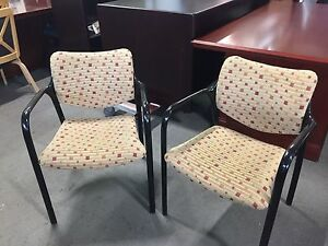 Lot Of 2 Guest side Chais By Herman Miller W Black Metal Arms Frame