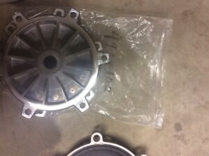 Flygt Pump Part 4938302 Bearing Housing Cover For 2125 051 13hp New
