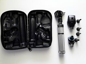 Welch Allyn 71000a Rechargeable Otoscope W Accessories And Case New Battery