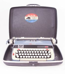 Vintage Smith corona Classic 12 Manual Typewriter Working Condition