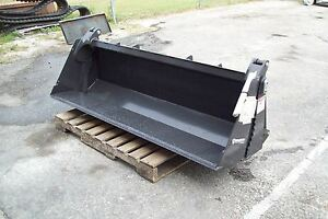 Compact Tractor 72 4 In 1 Bucket W skid Steer Mount Plate bradco weighs 430 Lbs