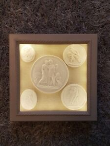 5 Grand Tour Light Boxed Display Cabinet Cameos Intaglios Gems Medallions Tassie