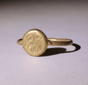Lovely Ancient Roman Gold Seal Ring Circa 2nd Century Ad