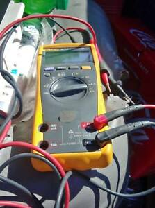 Fluke 179 Multimeter Good Condition