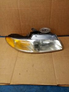 1998 Dodge Caravan Passenger Right Side Headlight Headlamp Assembly 114 01521ar