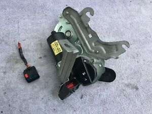 2007 2009 Chrysler Aspen Oem Tailgate Lift Gate Power Lift Motor