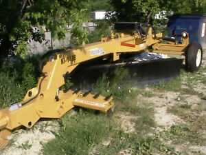 Metalplessis Pull Type Road Grader