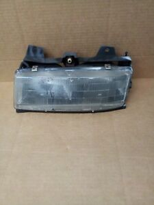 1993 Chevrolet Corsica Driver Left Side Headlight Headlamp Assembly 114 00183cl