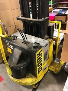 Clark Sp 30 Sp30 Forklift Stacker Powerworker With Charger Heavy Duty