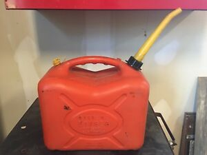 Scepter 5 Gallon Vented Gas Can Model J 20 Pre Ban Spout