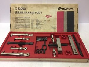 Snap on Cj2002 Gear Puller Set Original Box Complete 26 Pieces