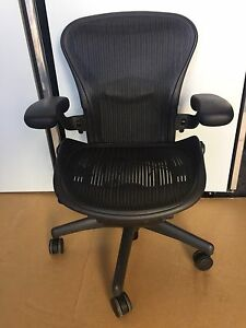 Herman Miller Aeron Office Chair Medium B Adjustable Ergonomic Fully Loaded