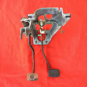 Ford Bronco F150 F250 F350 Clutch Pedal Brake 5 Speed 87 88 89 90 91 Truck