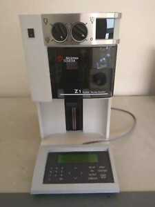 Beckman Coulter Z1 Particle Counter With Control Panel