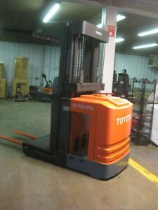 Toyota 6bpu15 narrow aisle Electric Orderpicker Forklift Chassis Only