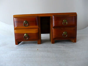Vintage Salesman Sample Dresser Mid Century Modern 4 Drawers Cedar Wood 8 X4