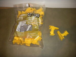 Fi shock Sc 140 Polytape Wood Post Electric Fence Insulators Opened Bag Of 10