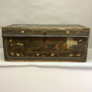Chinese Camphor Wood Trunk 19th Century Paint Decorated 30