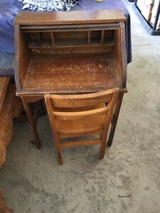 Antique Oak Child S Roll Top Desk