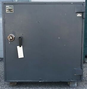 Used Exl Commercial Tl 30 High Security Burglary Safe